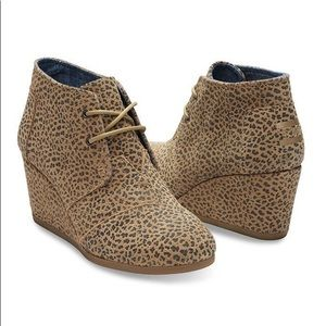 TOMS - Kala Wedge Boot - 9